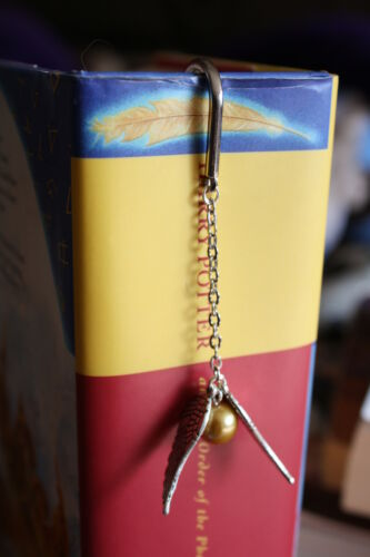 Harry Potter Hogwarts Quidditch Golden Snitch Beaded Bookmark