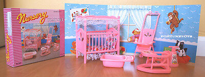 GLORIA DOLLHOUSE FURNITURES NURSERY ROOM W/Bed Sheet PLAYSET FOR BARBIE