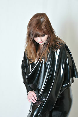 Latex shawl in Black