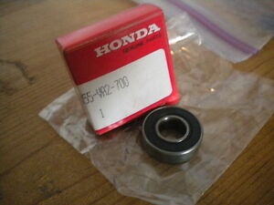 NOS-Honda-Lawnmower-Radial-Ball-Bearing-91055-VA2-700
