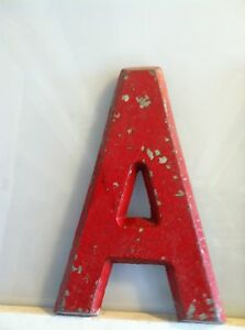 Vintage-Movie-Theatre-Marquee-Letters-9-Red-Metal-with-Hooks-on-Back