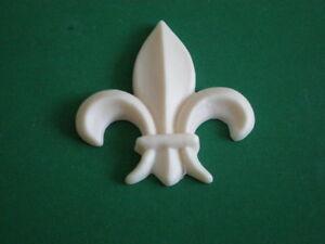 Decorative-Resin-Moulding-Traditional-Classic-Fleur-De-Lys