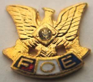 FOE-Fraternal-Eagles-Gold-Diamond-Enamel-Lapel-Stud-Pin
