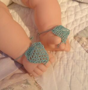 NEW-Handmade-Crocheted-Baby-034-Barefoot-034-Sandals-Unique