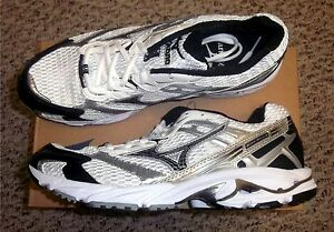 Mizuno-Wave-Nexus-G3-Team-Mens-Running-Shoes-NIB-White-Black-Various-Sizes