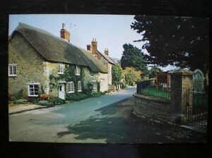 POSTCARD  RP BURTON BRADSTOCK  NICE QUIET LANE DORSET - Tadley, United Kingdom - Full Refund less postage if not 100% satified Most purchases from business sellers are protected by the Consumer Contract Regulations 2013 which give you the right to cancel the purchase within 14 days after the day you receive th - Tadley, United Kingdom