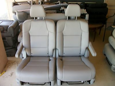 2011 - 2015  Honda Odyssey 2 GRAY LEATHER  BUCKET SEATS second row