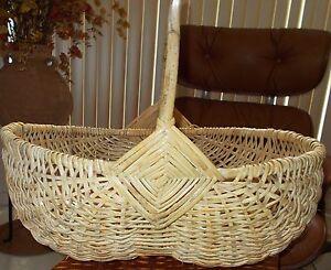 Vintage basket egg gathering buttock potato god 039 s eye pattern huge