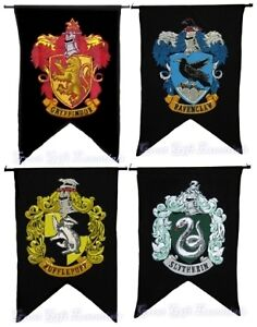 Harry-Potter-HOUSE-WALL-4-BANNER-SET-Ravenclaw-Slytherin-Hufflepuff-Gryffindor