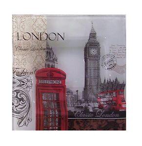 UK-LONDON-THEME-BIG-BEN-CIGARETTE-ALL-GLASS-ASHTRAY-BRAND-NEW-8-X-8-CM