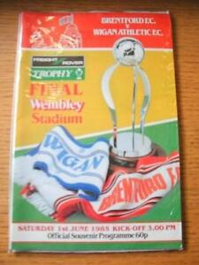 01061985 Associate Members Freight Rover Cup Final Brentford v Wigan Athlet - <span itemprop=availableAtOrFrom>Birmingham, United Kingdom</span> - Returns accepted within 30 days after the item is delivered, if goods not as described. Buyer assumes responibilty for return proof of postage and costs. Most purchases from business s - Birmingham, United Kingdom