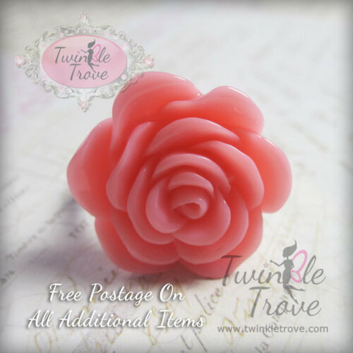 Cute and Kitsch Fully Adjustable Cute Flower Rose Ring
