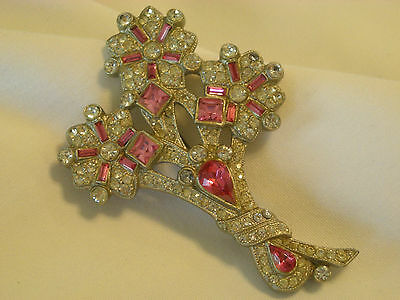 """"""" Beautiful Vintage Brooch """" Unusual Unsigned  Early 1900's Era Maybe Art Deco"""