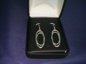 SILVER-TWISTED-DOUBLE-OVAL-HOOP-EARRINGS-NEW-AND-BOX