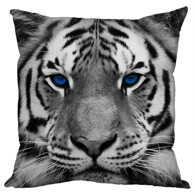 "SNOW TIGER FACE BLUE EYES DESIGN 18 X 18 "" CUSHION GREAT GIFT IDEA L&S PRINTS"