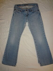 Hollister & Co Womens Jeans HCO Size 3 Short 3S Abused ...