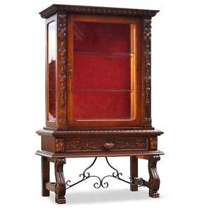 vitrine provinziell antikstil kasten schrank geschnitzt. Black Bedroom Furniture Sets. Home Design Ideas