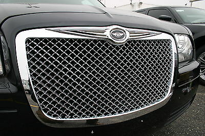 05-2010 Chrysler 300 Chrome Mesh grille with Bentley Winged emblem