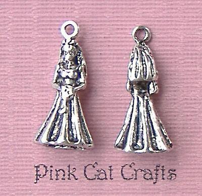 5 x Tibetan Silver BRIDE FIGURE 3D WEDDING Charm Pendant Beads