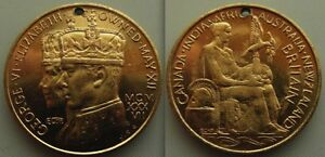 Nice-Collectable-Medal-of-King-George-VI-amp-Elizabeth-Crowned-May-XII
