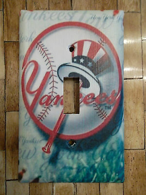 NEW YORK YANKEES LIGHT SWITCH PLATE COVER CHOOSE OWN SIZE COVER