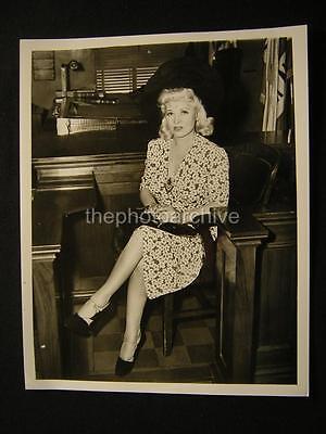 Candid Mae West PHOTO 19B
