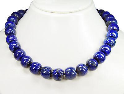 Wunderschöne Halskette aus dem Edelstein Lapislazuli in Radform