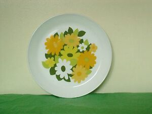 SNOW-WHITE-KERRYDALE-FLORAL-PATTERNED-SIDE-PLATE-18-CM-BY-JOHNSON-BROTHERS