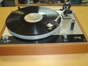 Vintage-THORENS-TD-160-Transcription-Turntable-Record-Player-WORKS