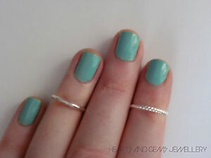 New-Urban-Silver-Above-Knuckle-Rings-Twisted-and-Plain-Set-of-Two