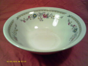 Q7-ROYAL-CHINA-SALAD-BOWL-9-DECOR-FLOWERS