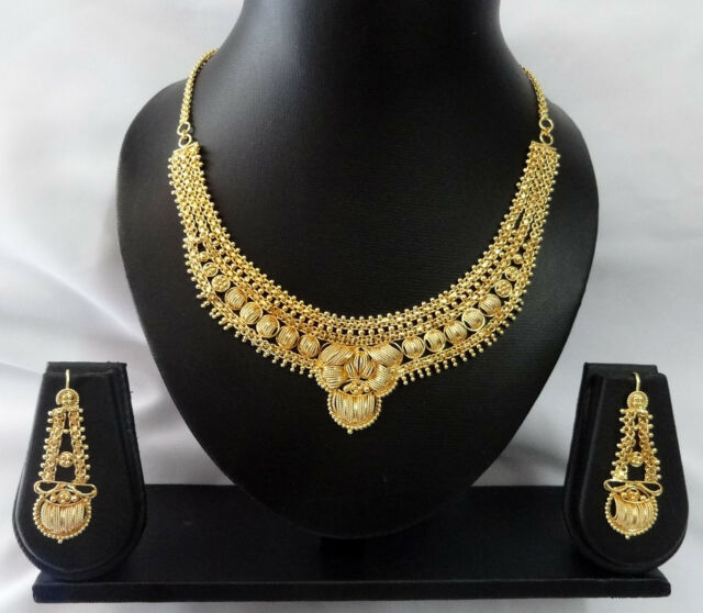 Assorted Design Indian Bollywood Gold Plated Necklace Set Fashion Jewelry