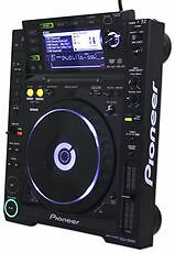 Pioneer-CDJ-2000-Professional-DJ-CD-Player-with-Midi-Interface-CDJ2000
