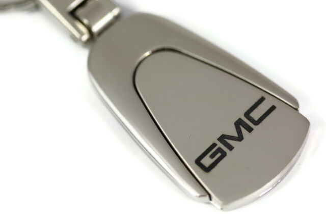 GMC Logo Etched Teardrop Keychain Chrome Key Fob Metal Keyring emblem