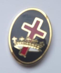 Masonic-Order-of-the-Knights-Templar-Cross-amp-Crown-Oval-Enamel-Lapel-Pin-Badge