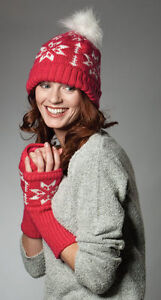 KNITTED-XMAS-NORDIC-SNOWFLAKE-POM-POM-BOBBLE-HAT-amp-HAND-WARMER-GLOVES-NEW-57CM