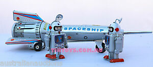 TIN-TOY-SPACE-ROCKET-AND-SPACEMEN-ROCKELT-WITH-LIFT-ACTION-CLOCKWORK-SPACEMEN