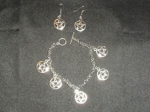 Silver-Pentagram-Charm-Bracelet-amp-Matching-Earrings-Pentacle-Wiccan-Pagan-Gothic
