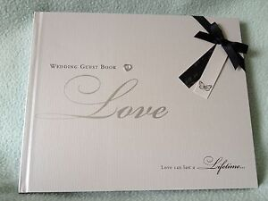 Wedding-Day-Guest-Book-NEW-amp-BOXED-Wedding-Present-Gift-Silver