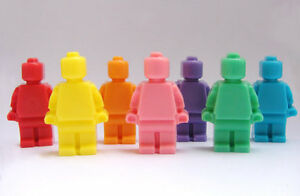 8-Lego-Men-Soaps-Kids-Favors-Birthday-Parties-Baths-Lot-of-8-Soaps