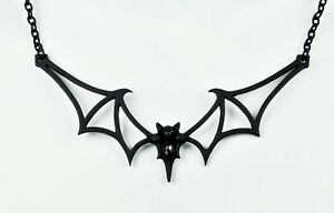 BLACK-SILHOUETTE-VAMPIRE-BAT-PENDANT-NECKLACE-GOTHIC-90s-PUNK-80s-PSYCHOBILLY