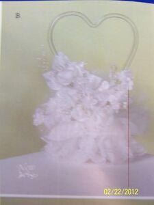 Glass-Heart-Jamie-Lynn-Wedding-Party-Doves-White-Deluxe-Cake-Topper