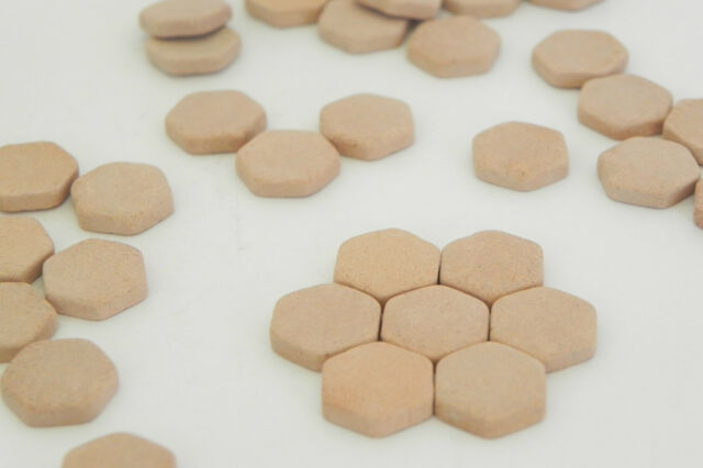 Dollhouse Miniature Floor Tile Clay Material 100 Hexagonal Tiles Pellegrini