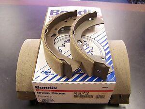 NIB-Bendix-USA-R573-New-Relined-Rear-Brake-Shoes-fits-Nissan-Stanza-Van