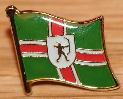 Nottinghamshire Notts England County Flag Enamel Pin Badge UK Great Britain
