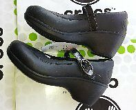CROCS-LAVENDER-LEATHER-WEDGE-MARY-JANE-NURSE-WORK-SHOE-Black-W-9-NWT