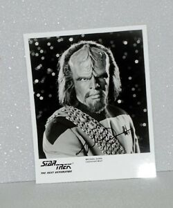 Michael-Dorn-Worf-STAR-TREK-NEXT-GENERATION-AUTOGRAPH