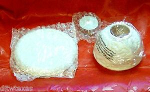 Avon-Bisque-Porcelian-Tealight-Holder-W-Base-And-One-Candle-Home-Or-Wedding-Deco