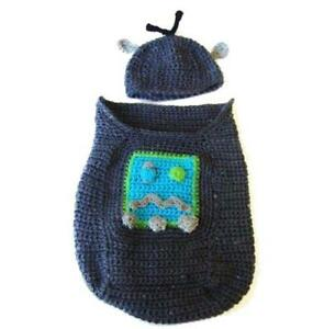 ROBOT-CROCHET-PATTERN-BABY-COCOON-COZY-amp-HAT-CUTE-EASY-NEWBORN-INFANT-COSTUME