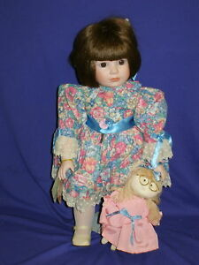 Juliet-Porcelain-Musical-Doll-by-Goebel-18-034-1992-MIB